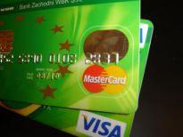 Polacy mają 12,9 mld zł długu na kartach kredytowych