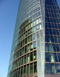 Rynekiem powierzchni biurowych nadal rządzą najemcy.