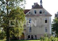 Pałac pod Wrocławiem za 660 tys. EUR