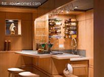 Mini-bar w salonie - pomysły i aranżacje