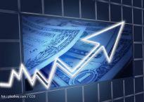 Finanse i kredyty: banki próbują przekonać klientów do swoich ofert