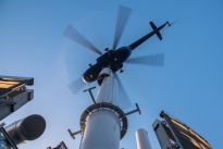 Są już iglice na szczycie wieżowca Warsaw Spire
