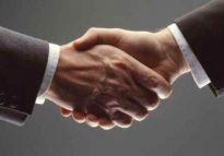PHN zbuduje magazyny Parzniew Logistic Hub