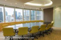 Warszawskie biura jak grzyby po deszczu