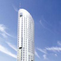 Apartamentowa wieża nad Odrą