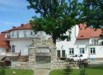 Ekskluzywny hotel za 6,9 mln PLN w ofercie WGN